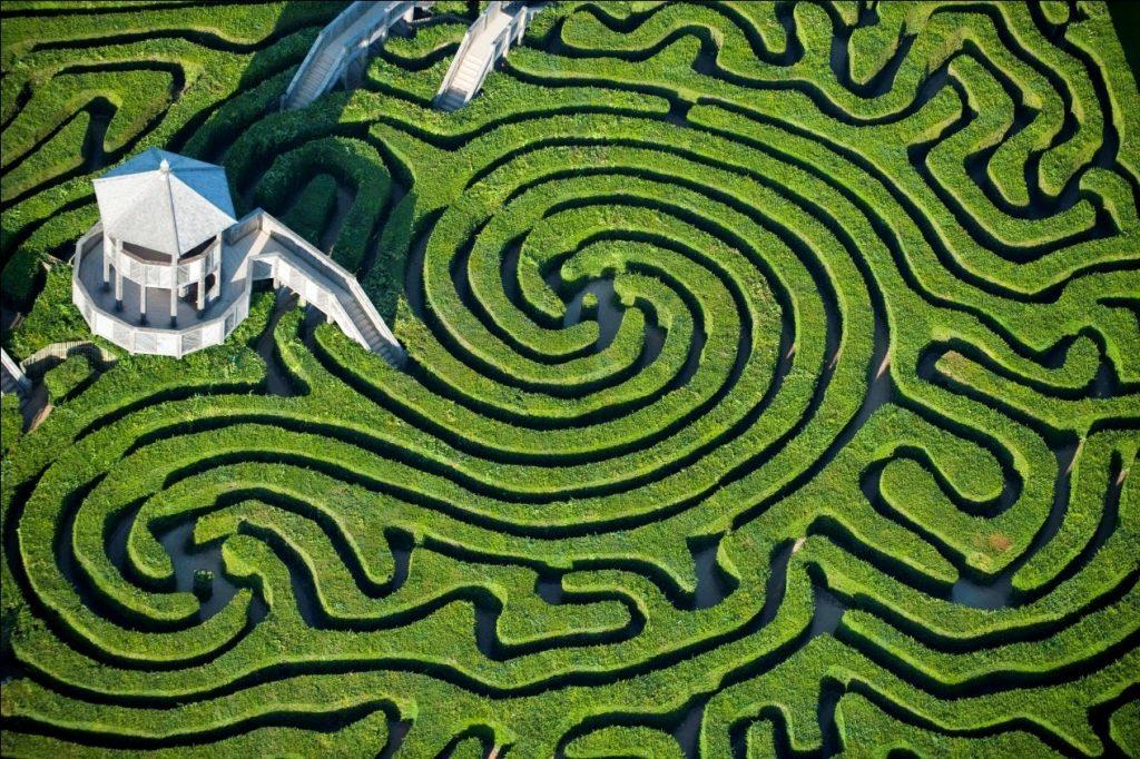 Labyrinthe-vegetal-de-longleat-grande-bretagne