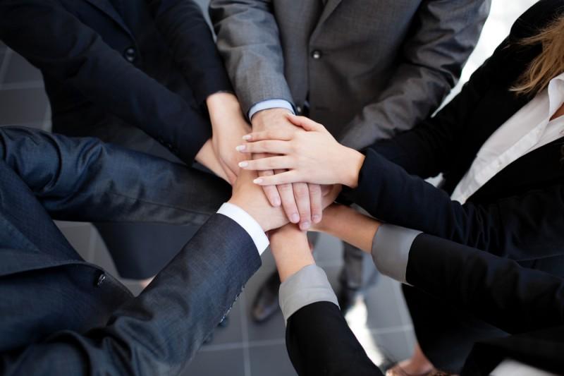 Aider-les-autres-a-reussir-en-marketing-de-reseau